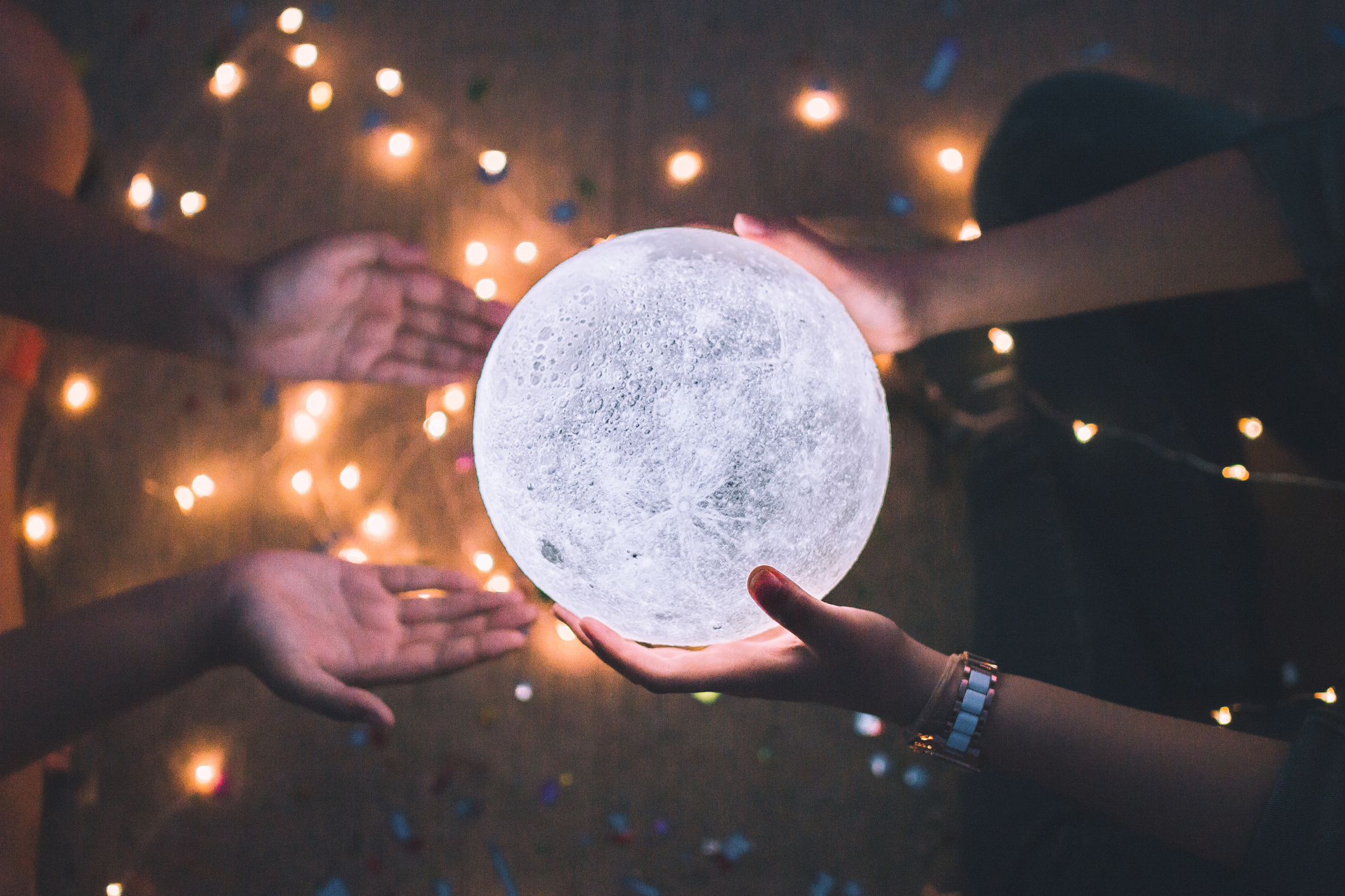 The Lunar Calendar and How Moon Phases Work